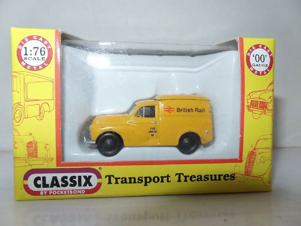 Classix EM76648 1/76 OO Scale Morris Minor 1000 Van British Rail Railways Yellow